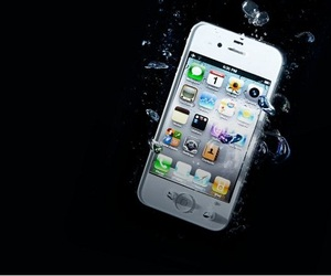 Waterproof Smartphone Case by Liquipel