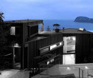 Whale Beach House Residence by Neeson Murcutt Architects