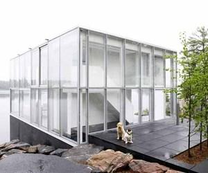 White Interior in Williams Glass Studio by gh3