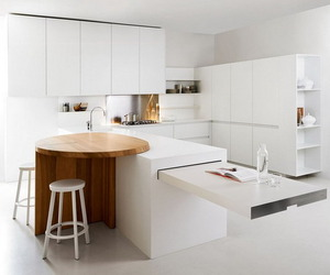 White minimalist kitchen by Elmar