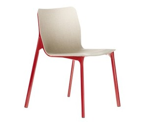 Wilkhahn's Latest Chassis Chair