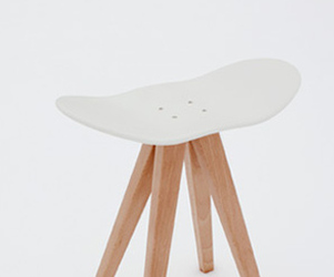 Wing-Wing Stool