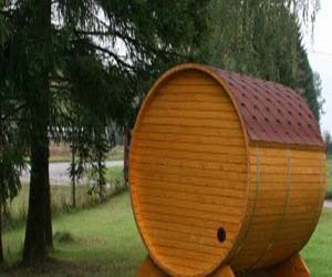 Wood Burning Saunas – barrel sauna by Badebotti