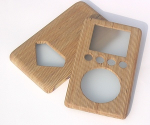 wooden iPod cover