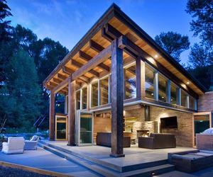 Woody Creek Cabin on the Rivers Edge