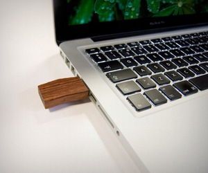 Woody Usb Flash Drive