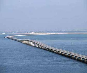 Work on King Fahad Causeway in Bahrain to begin by 2011