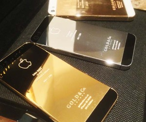 World's First 24kt Gold, Rose Gold & Platinum iPhone 5S