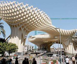 World's Largest Wooden Structure 'Metropol Parasol'